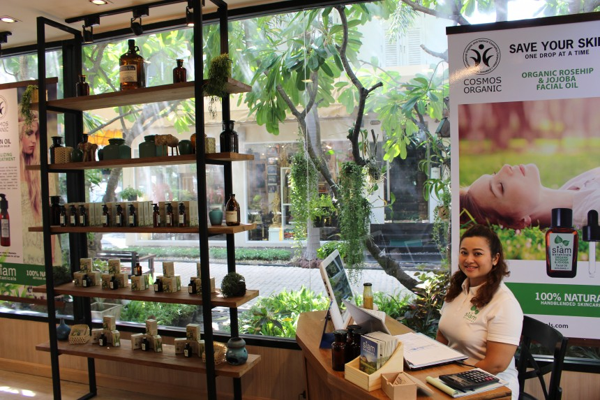 Siam Botanicals store with friendly staff member at the front desk