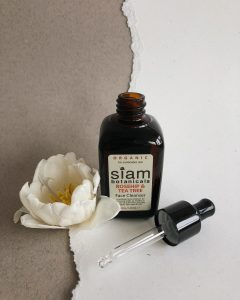 Siam Botanicals Rosehip and teatree oil cleanser
